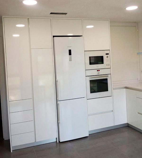 Fabricamos muebles de cocinas y ba os taller en castell n especializado en la fabricaci n de - Muebles bano castellon ...